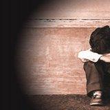 Abusava sessualmente di un minore: Arrestato