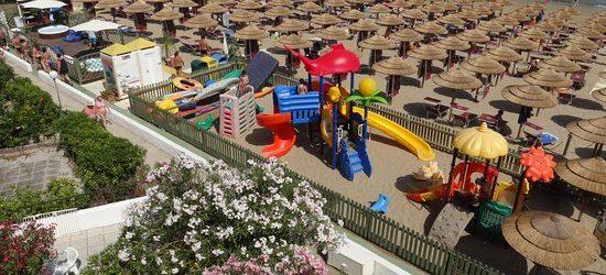 """Eletti i migliori stabilimenti balneari d'Italia: a Rodi Garganico il terzo posto nella categoria """"Best Italian beach"""" grazie a Spiaggia Azzurra"""