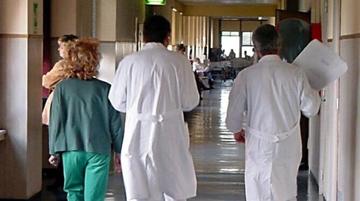 Manfredonia, violenza sessuale su 5 pazienti: arrestato dirigente di radiologia
