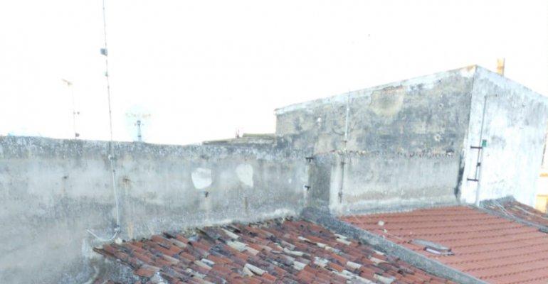 Sannicandro Garganico: Crolla il tetto di una vecchia abitazione