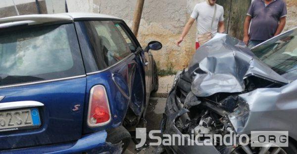 SANNICANDRO GARGANICO: Brutto incidente in via Marconi, un ferito